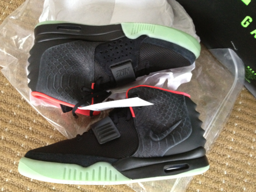 24d99cec3cf8b Shoe pickup  Air Yeezy 2 Solar Red with on feet video Differences fake ...