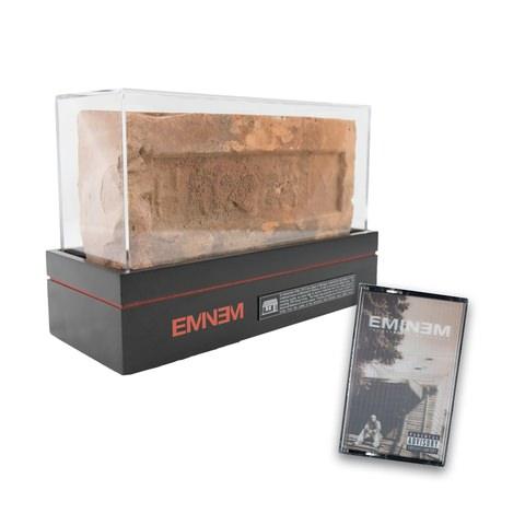 EM-64_BUNDLES_03_Cassette_brick_R5_large